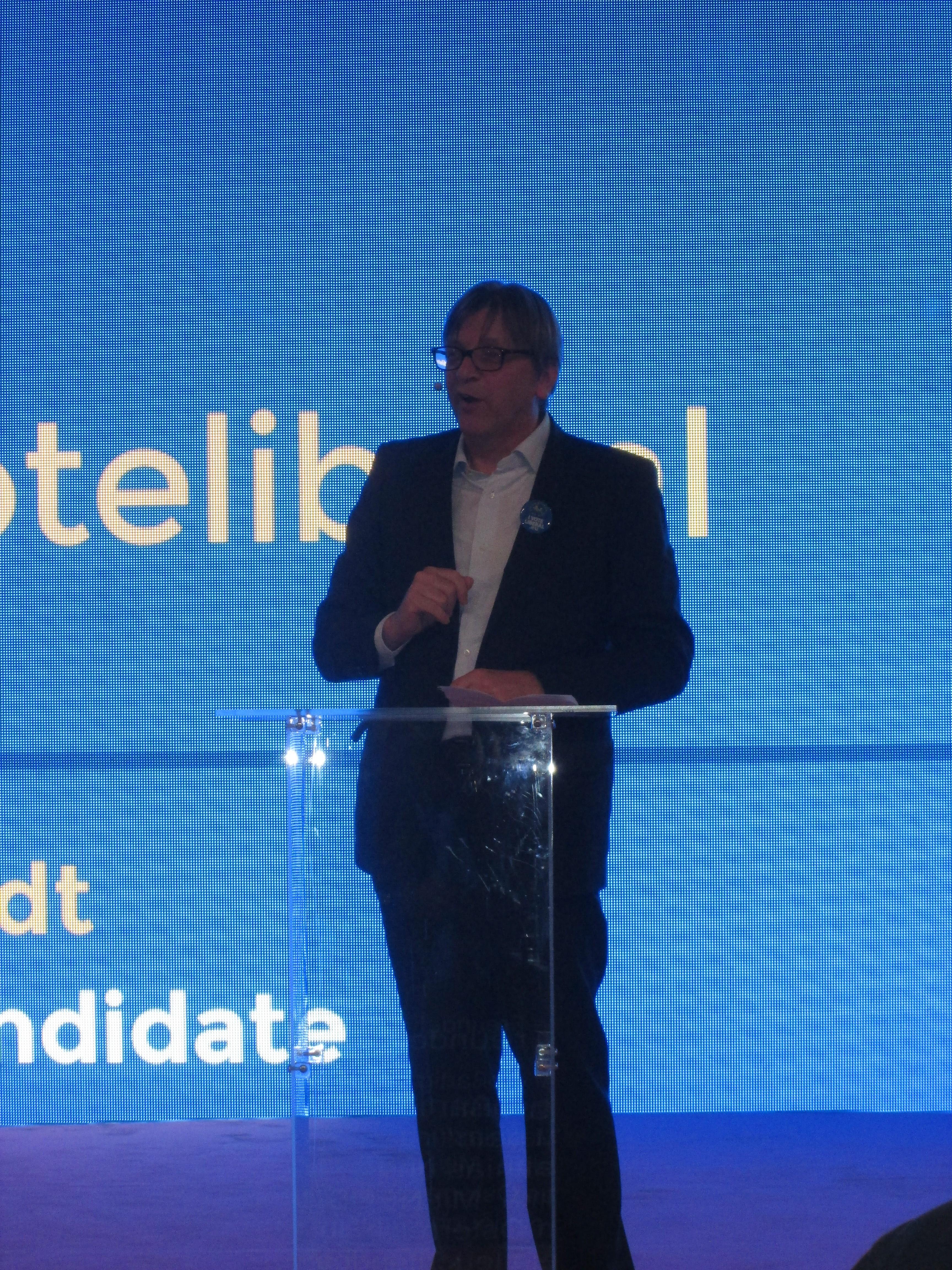 Guy Verhofstadt par Justine Audo