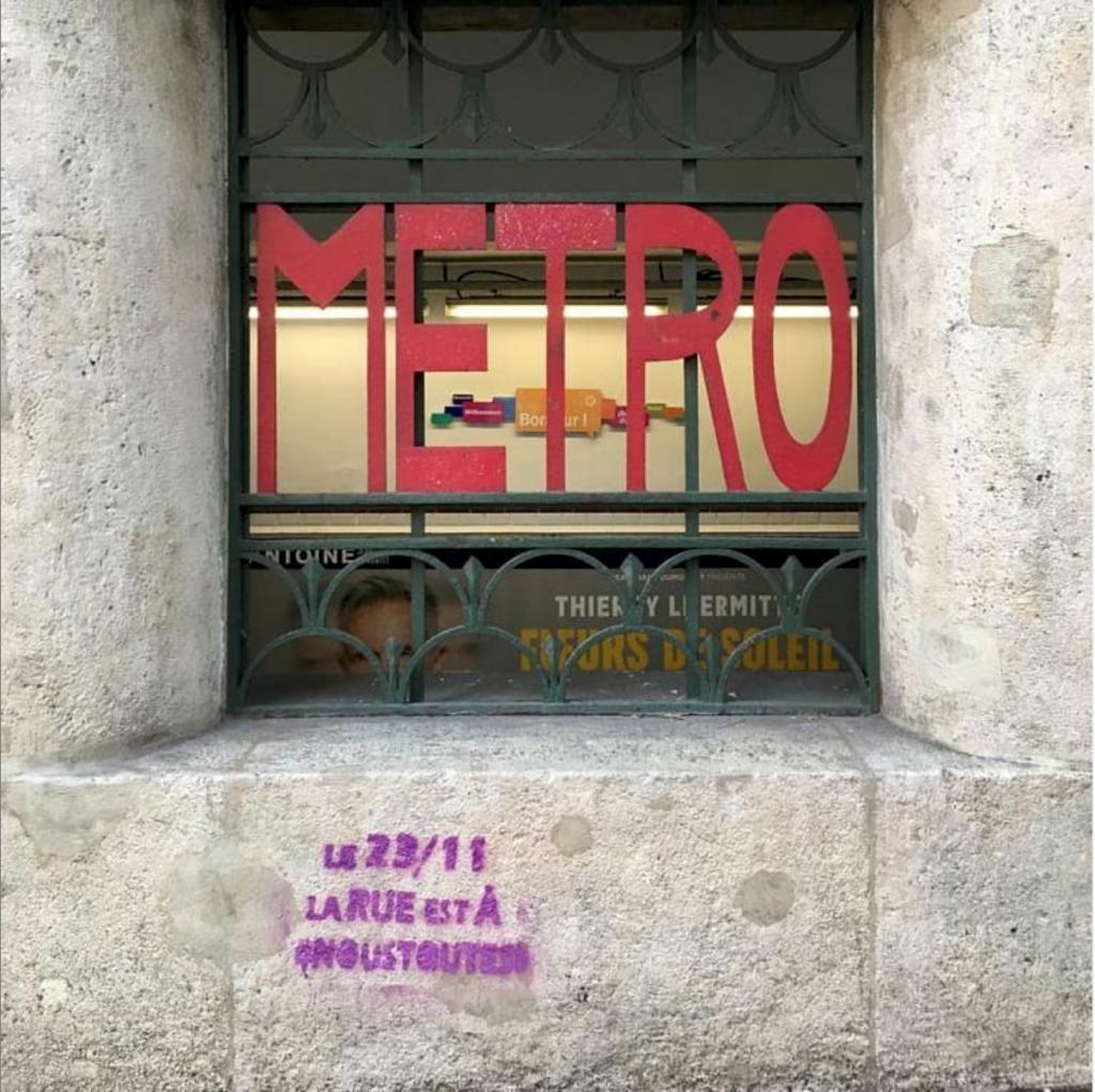 À l'occasion de la marche du 23 novembre 2019 pour lutter contre les violences faites aux femmes, NousToutes a tagué les rues parisiennes (Instagram NousToutes)